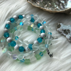 White Chunky Sea Glass & Blue Mermaid Glass Bracelet