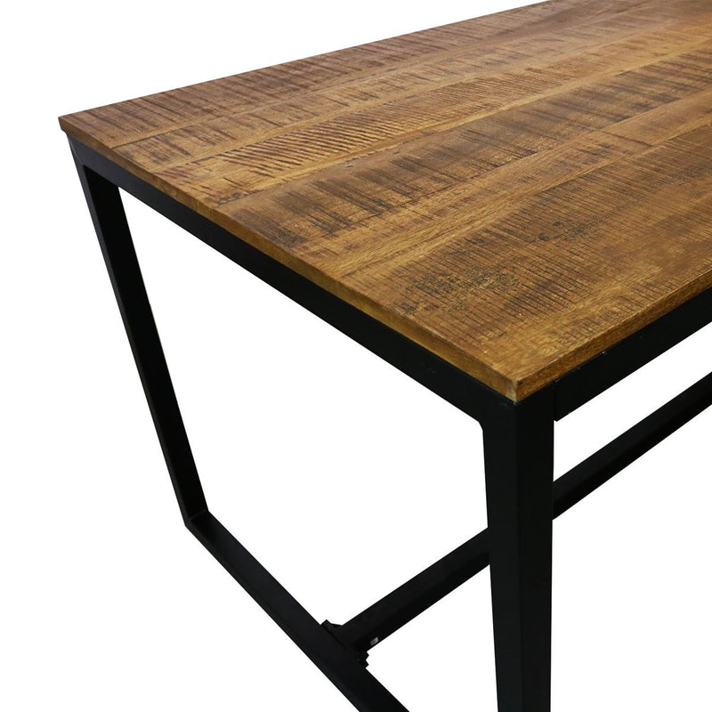 Table industrielle de grande qualité par Bisous design.