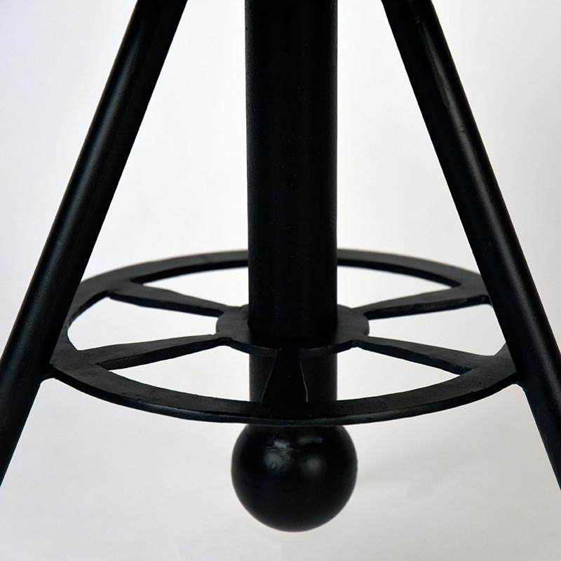 Tabouret de salon design par BeLoft.