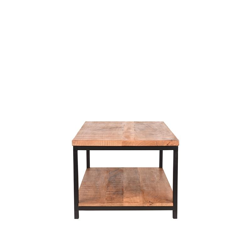 Table basse au design simple.