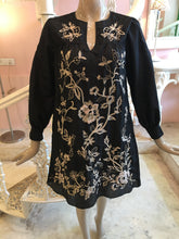Load image into Gallery viewer, Black and beige hand embroidery dress