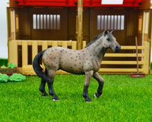 Load image into Gallery viewer, 44 types farm Animals Appaloosa Harvard Hannover Clydesdale Quarter arabian Horse collection farm stable figure Model kids toy