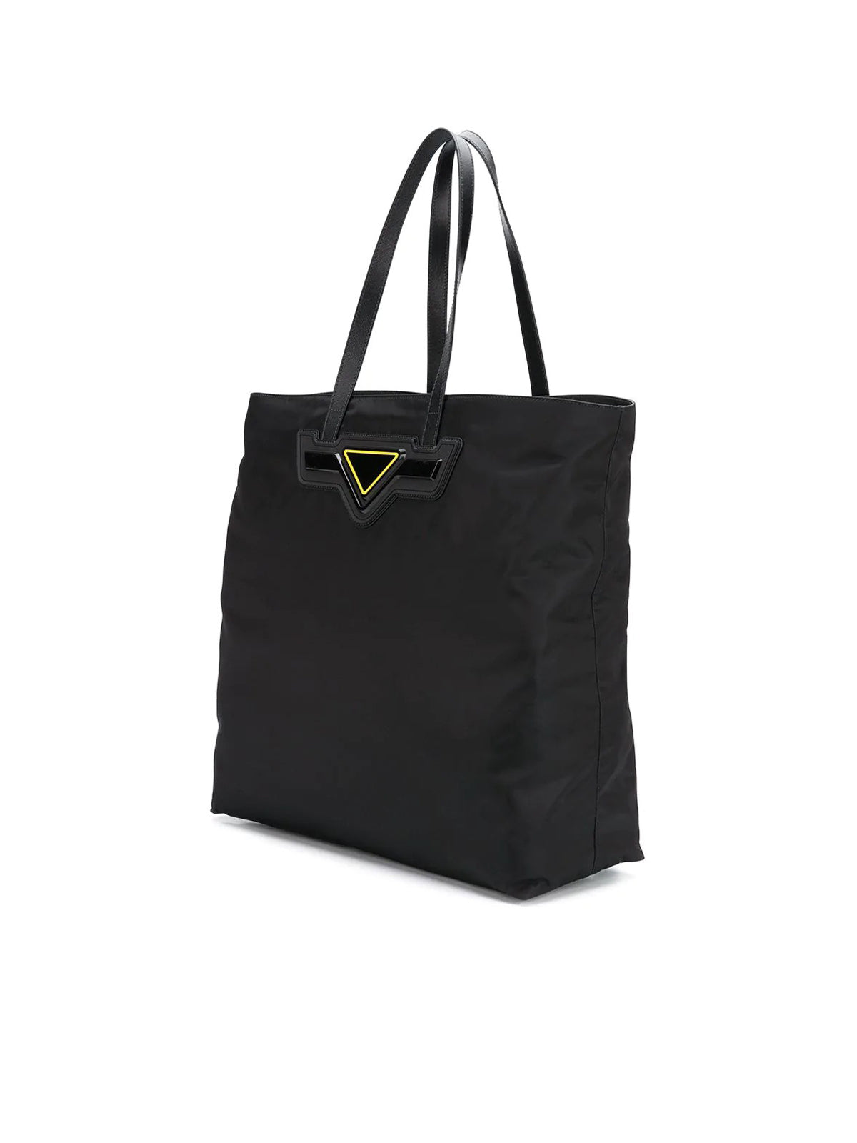 Tote bag with application