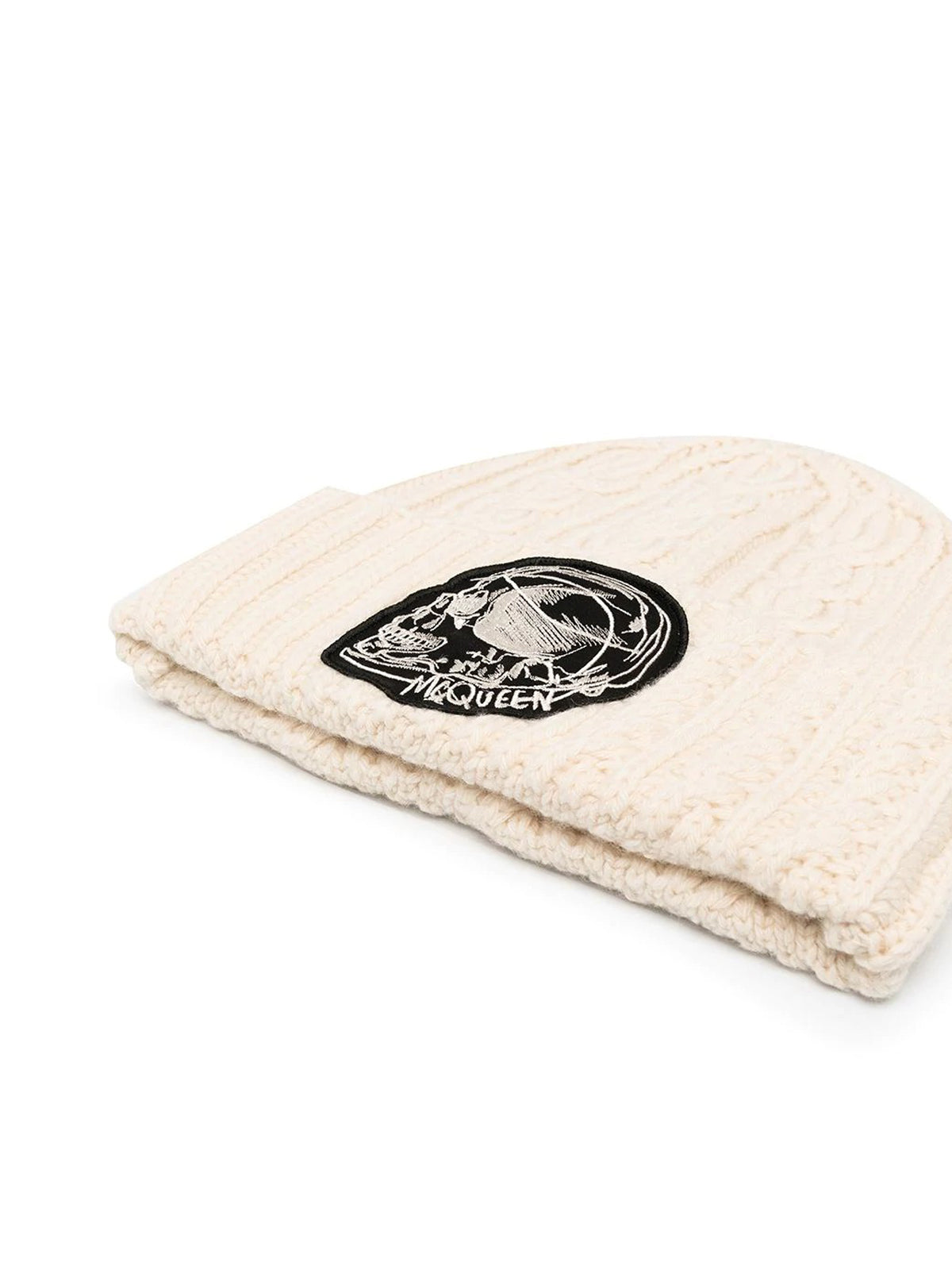 logo-patch cable-knit beanie