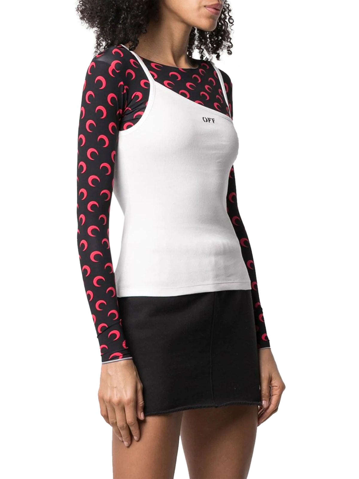 asymmetric neck logo print top