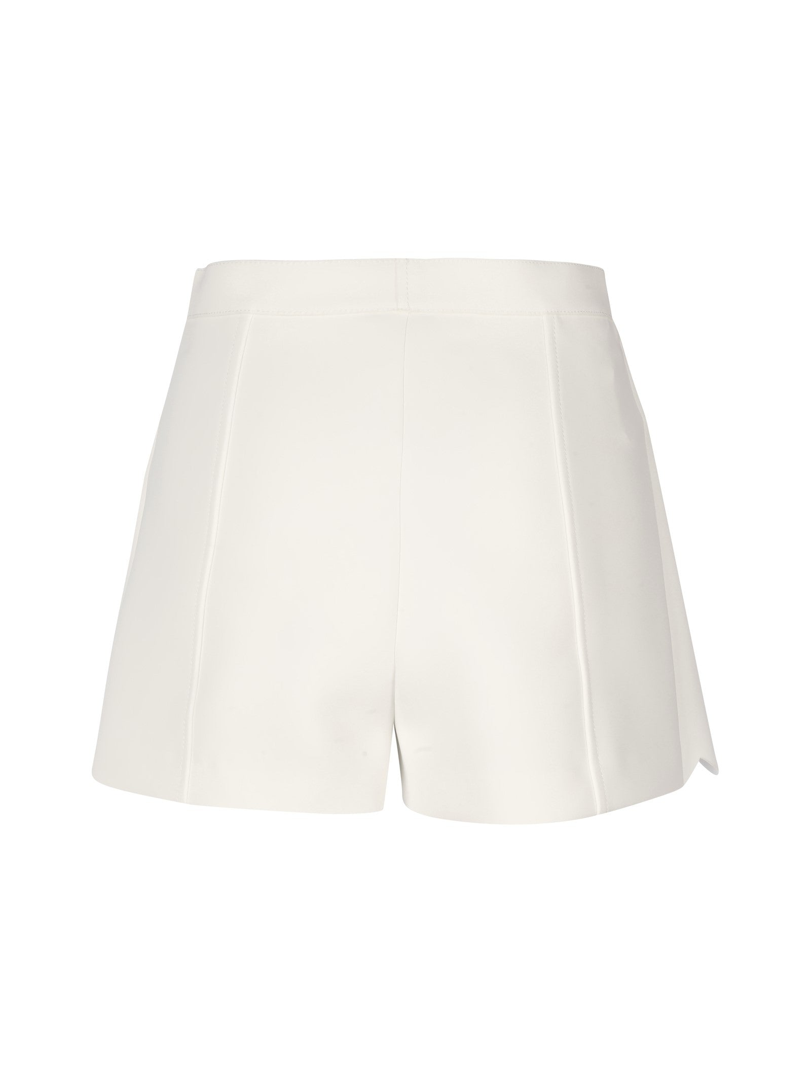TECHNICAL SHORTS COUPLED WITH SCALLOP DETAIL