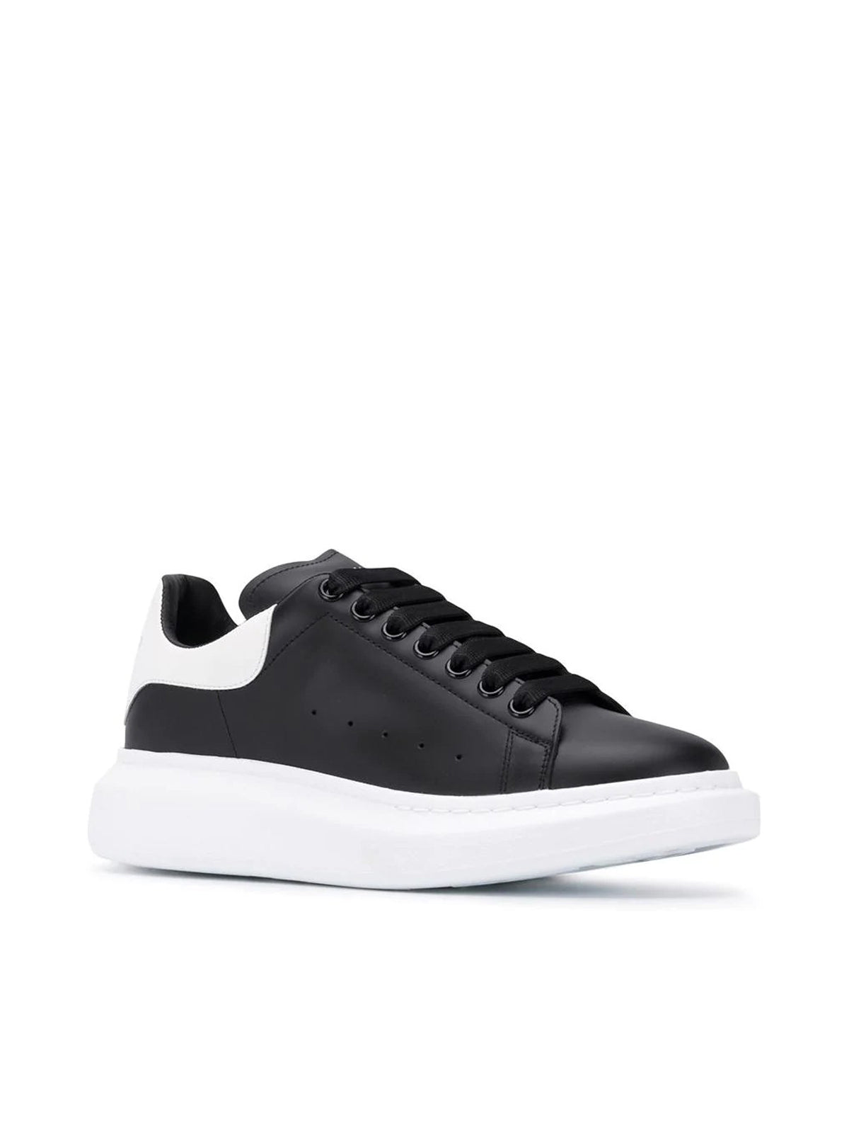 LACED LOWTOP SNEAKERS