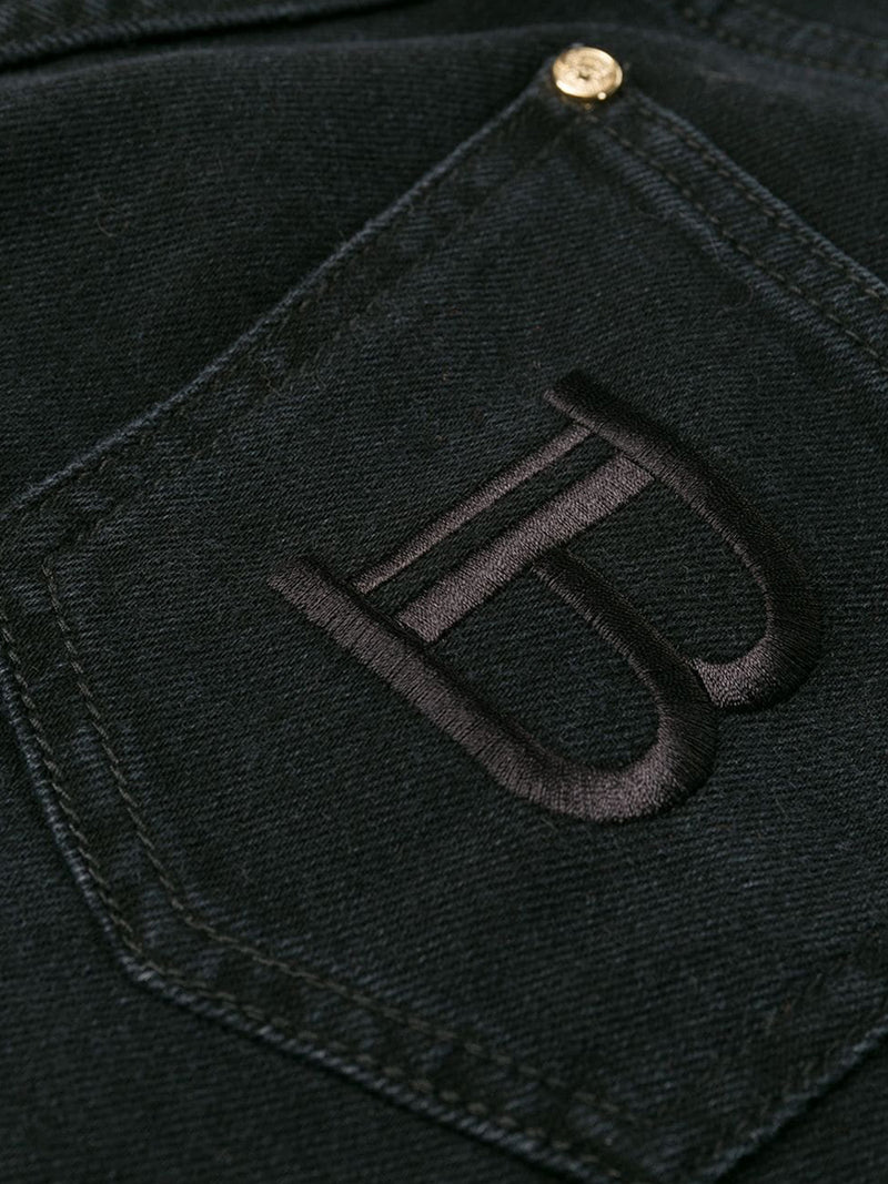 DENIM JEANS WITH MEDIUM WASHED TREATMENT