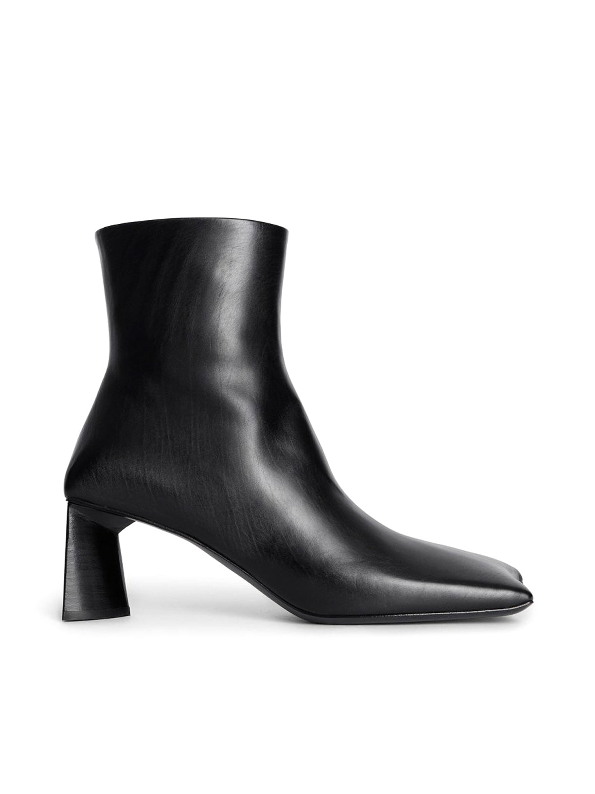 ankle boot with squared toe