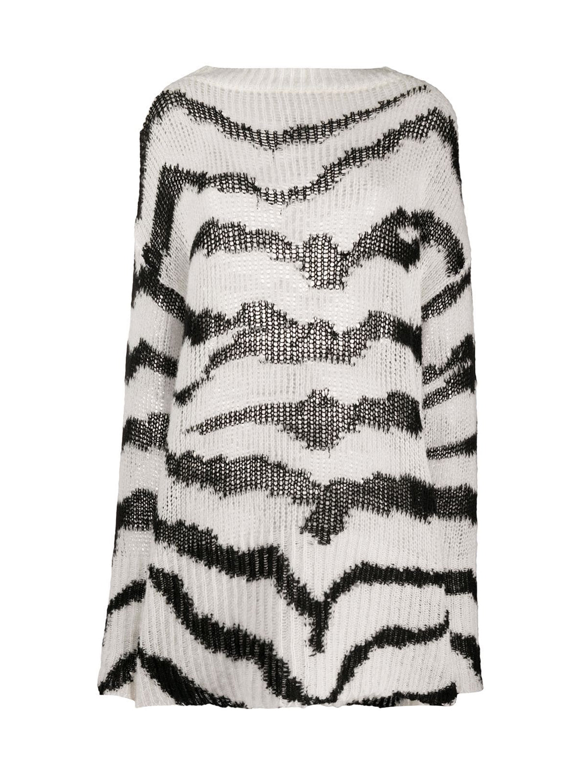 Sweater with zigzag pattern