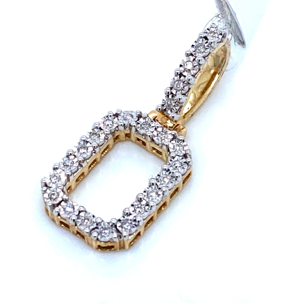 "0.17 CT. Diamond Letter ""O"" Pendant in 10K Gold - White Carat Diamonds"
