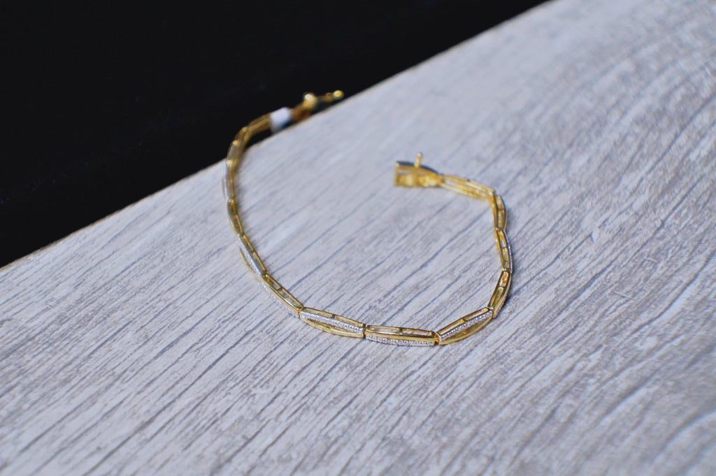 Miami cuban link bracelet 74gm Gold