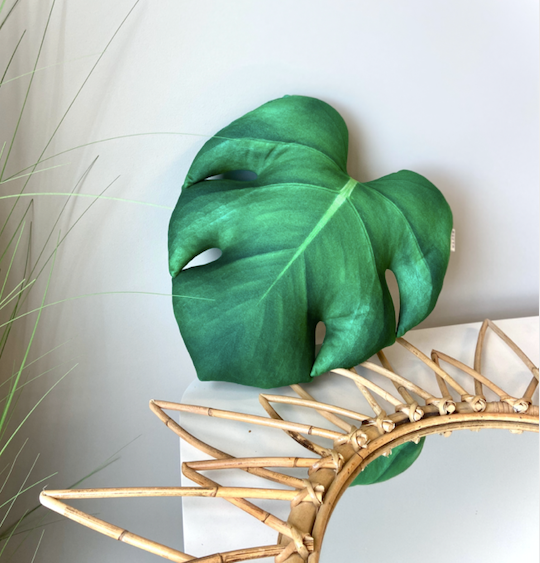 Monstera Pillow / Monstera Leaf / Monstera Deliciosa / Monstera gift / monstera cushion