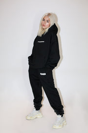 LOGO SWEATPANTS - BLACK