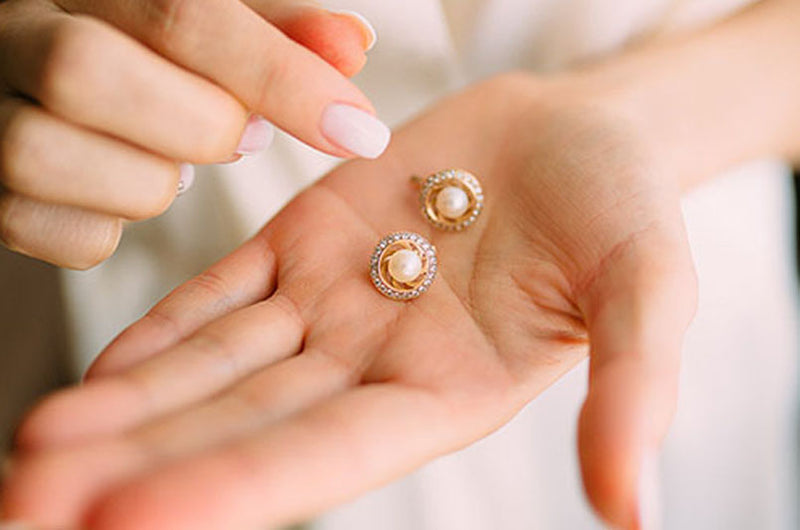 A brief history of pearls