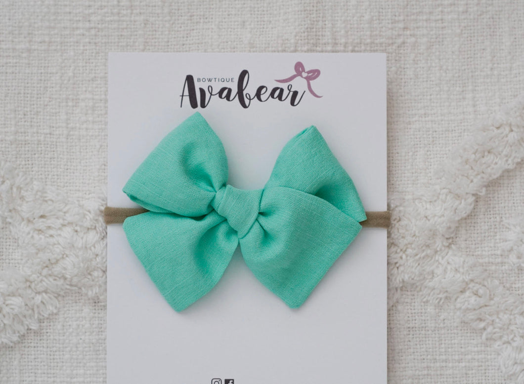 Mint Linen // large bow
