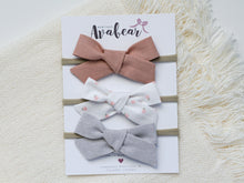 Load image into Gallery viewer, Farmhouse Floral // bow set