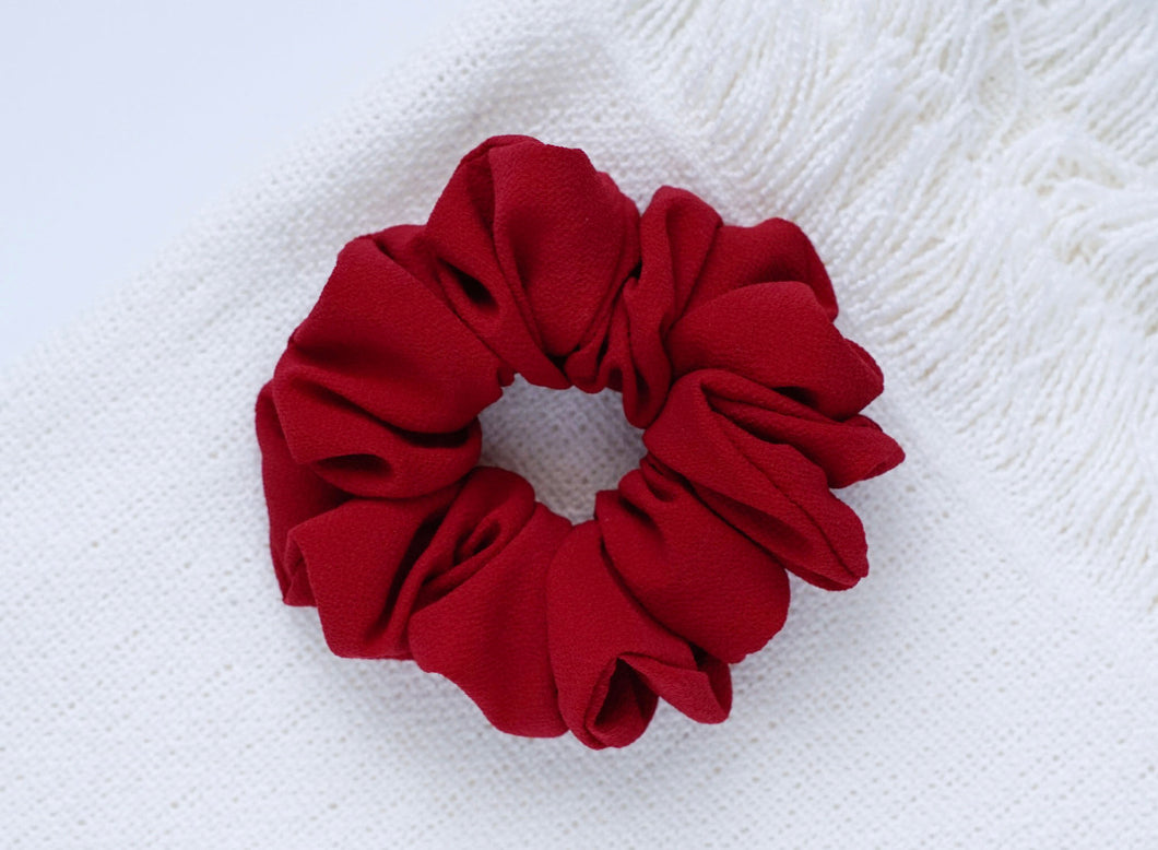 Ruby // scrunchie