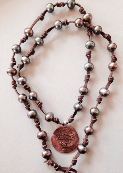Green Peacock Pearl Necklace (or Bracelet) with 1724 Sweeden Coin