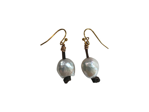Short White Pearl Earring