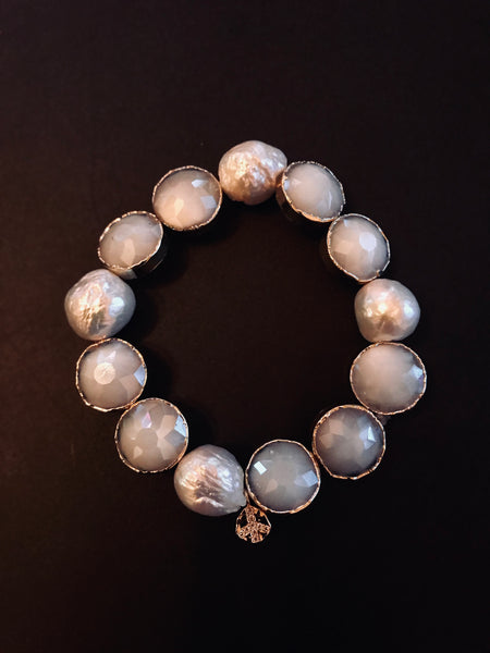 Stretch Pearl and Crystal Bracelet