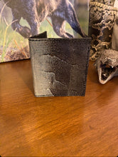 Load image into Gallery viewer, Iguana - 4 Pocket Card Case (Unisex)