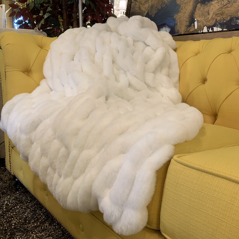 Luxurious Hand Crafted Faux Fur Nuevo Throw by Rug Factory Plus