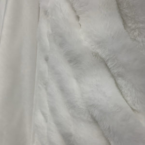 Luxurious Hand Crafted Extra Soft Plush White Faux Fur Throw
