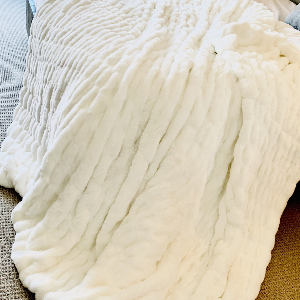 Soft Fluffy Hand Crafted Faux Fur White Blanket/Coverlet