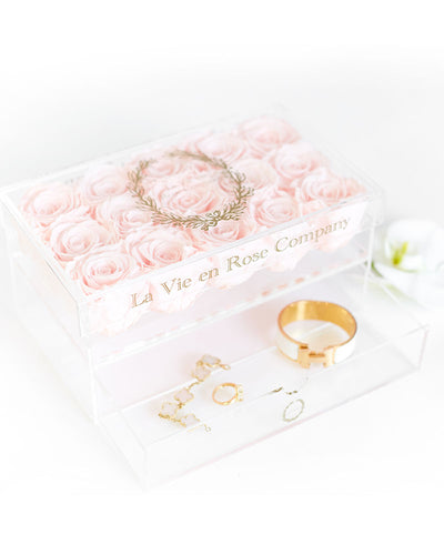 15 Premium Ecuadorian Eternity Roses in a Custom Box - Le Medium