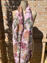 Load image into Gallery viewer, Dani Floral Scarf