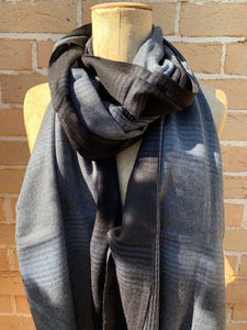 Navy Weave Check Scarf