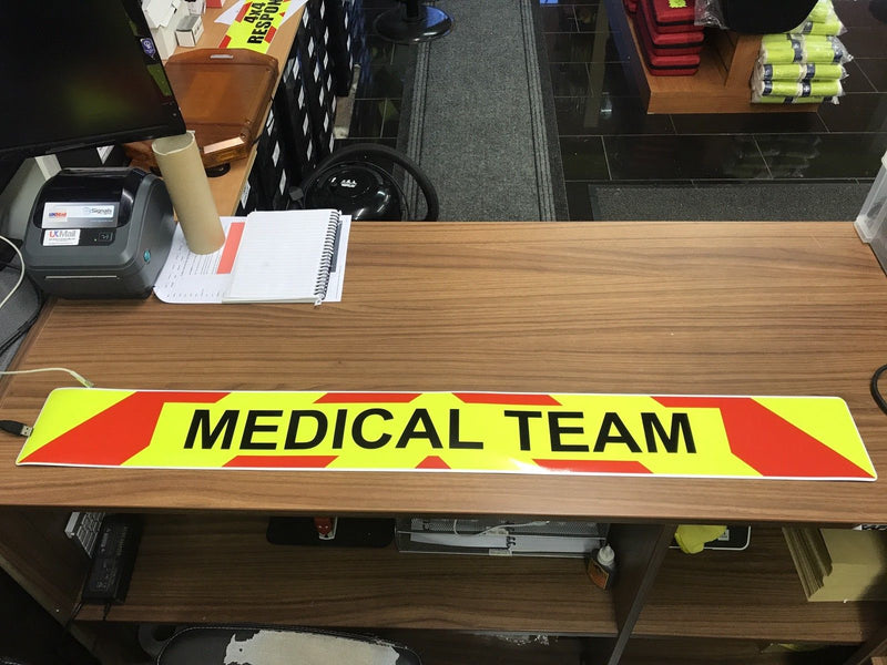 Magnetic Sign - MEDICAL TEAM - 1020mm - Dayglo Yellow MG084