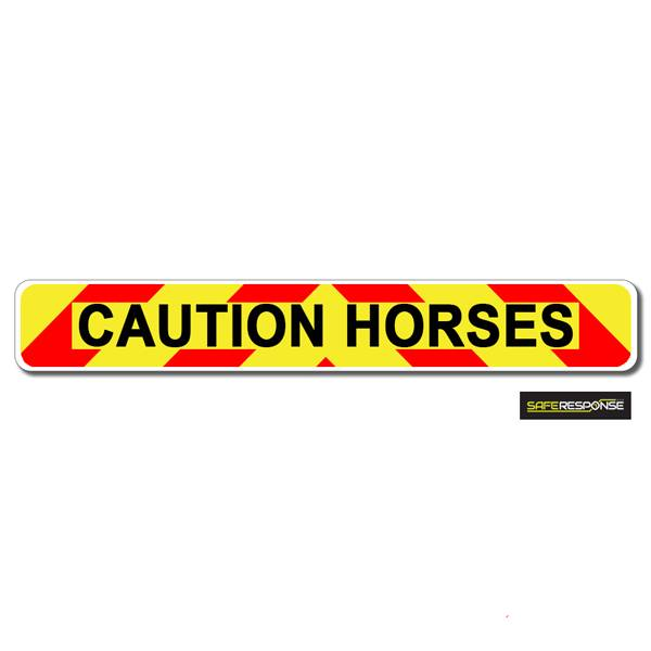 Magnet CAUTION HORSES Chevron Design Text (MG124)