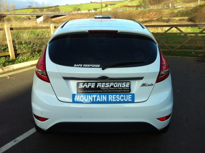 Mountain Rescue Magnet (MG067)