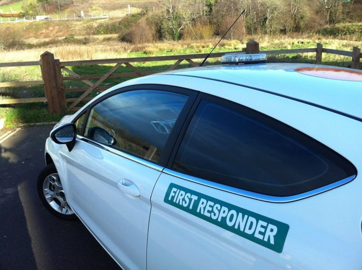 FIrst Responder Magnet with Green Background (MG056)