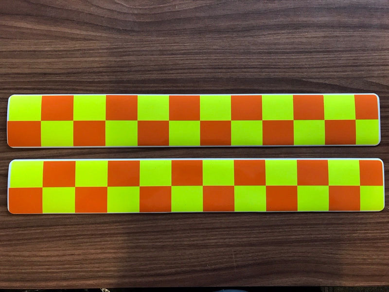 Magnet Blood Runner Rescue Orange Yellow Chequered Battenburg Single (MG008)