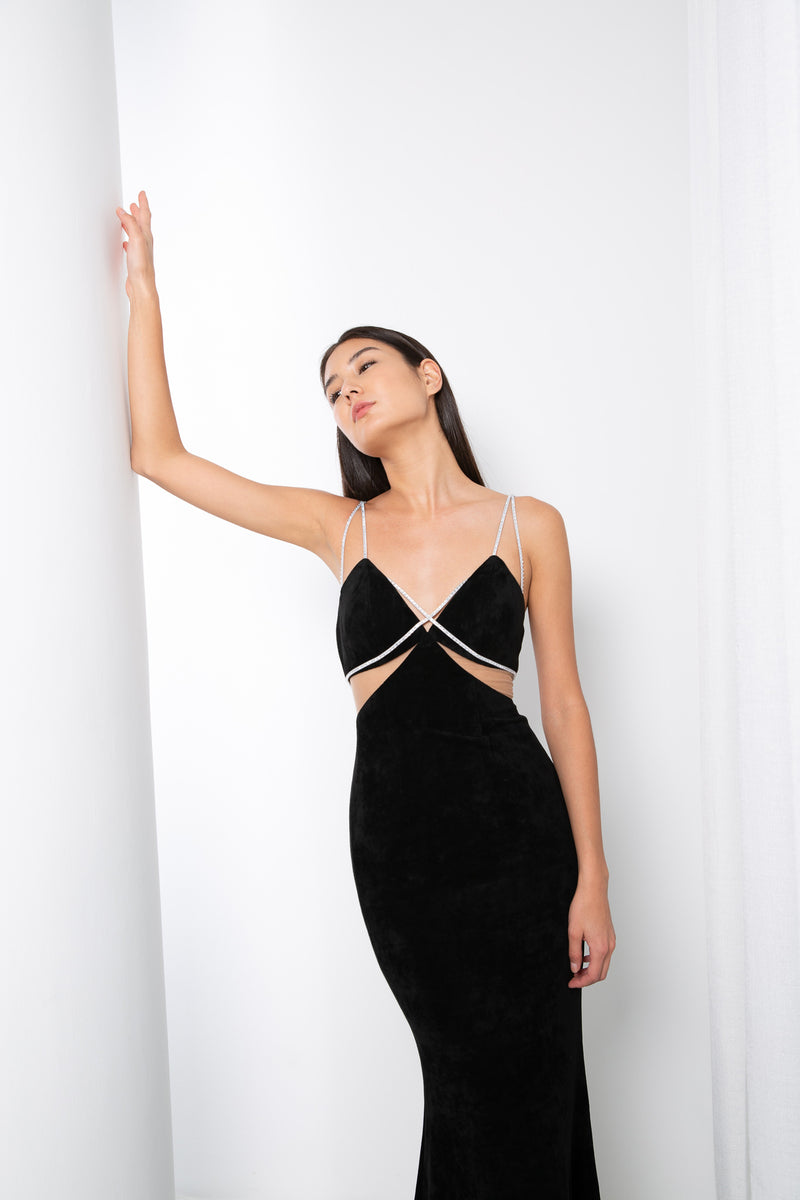 VALENTI GOWN IN BLACK