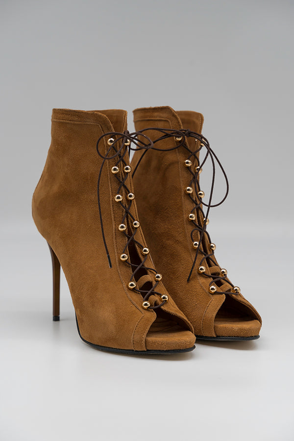 Lace Up Eve Caramel