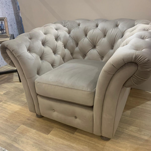 The Cavendish Collection Armchair
