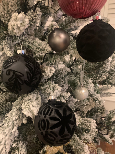 Box of 12 Hand Finished Festive Velvet Pattern Black Baubles
