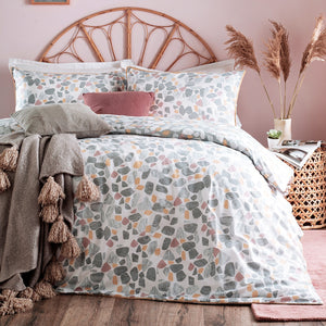 The Lexi Collection Bed Linen Set