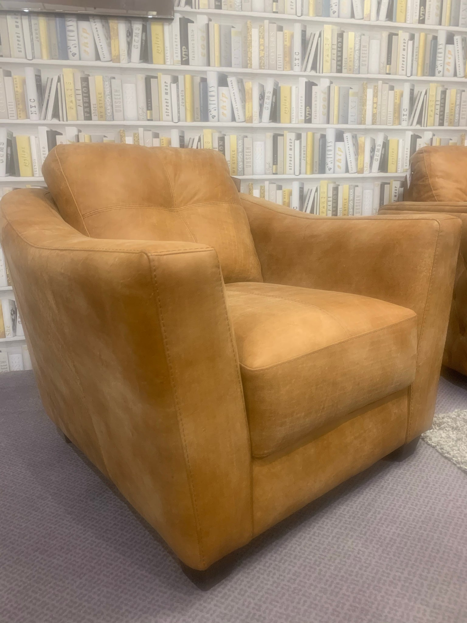 Sample Sale - Italian Ranch Leather Corner Sofa with Buttoned Detailing (Matching Club Chair Available) - Express Delivery