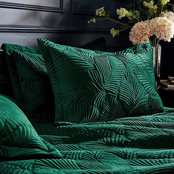 Palmeria Quilted Duvet Set - Emerald