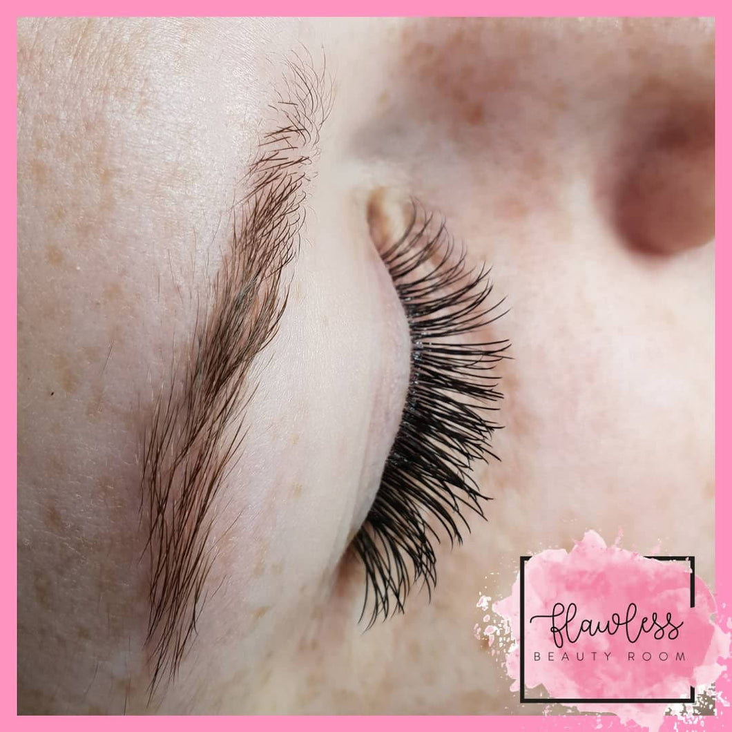 Virtual Classic Lash Extensions