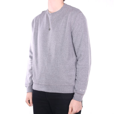Champion - Grey Embroidered Crewneck Sweatshirt - Large