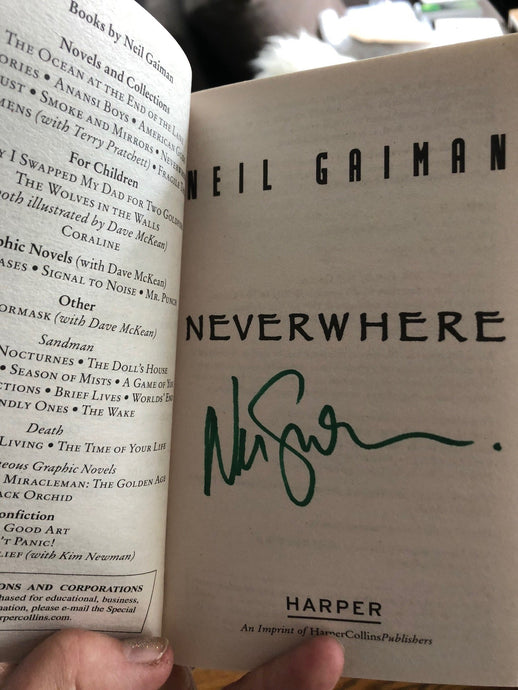 Signed copy of Neverwhere!!
