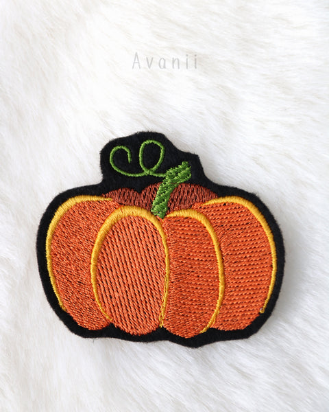 Pumpkin - Embroidered Iron-on Patch