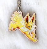 Eeveelution Jolteon / Electric Fox - Wooden Charm - 1,5 inch keychain
