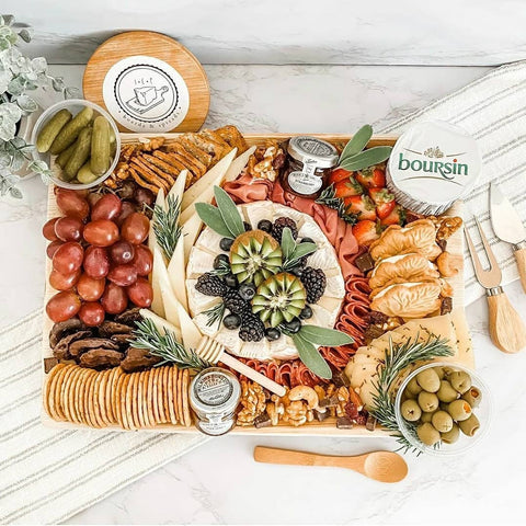 Palm Leaf Platter 14x10 inch charcuterie board disposable